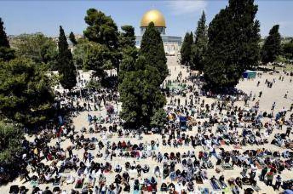 La mayor concentración en la Explanada de las Mezquitas en Jerusalen desde el covid-19