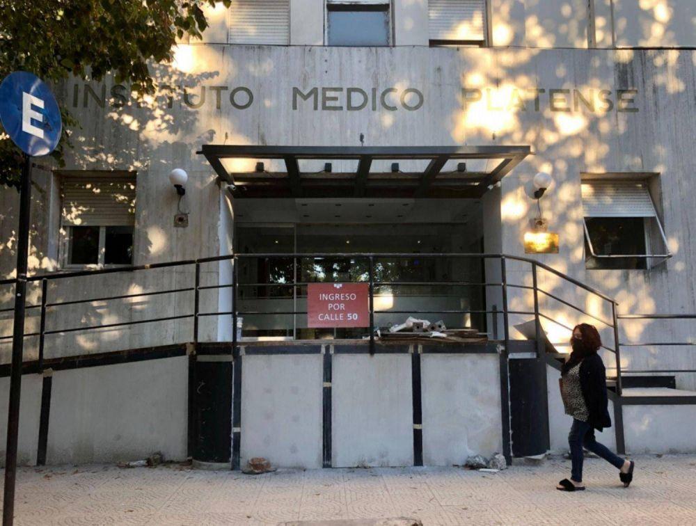 En clínicas y hospitales privados de La Plata la ocupación de camas