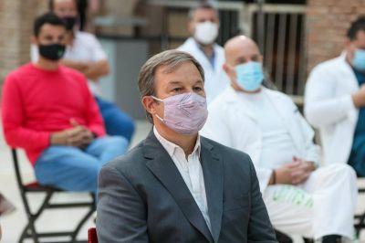 Mariano Cascallares acompañó el reconocimiento al personal de salud