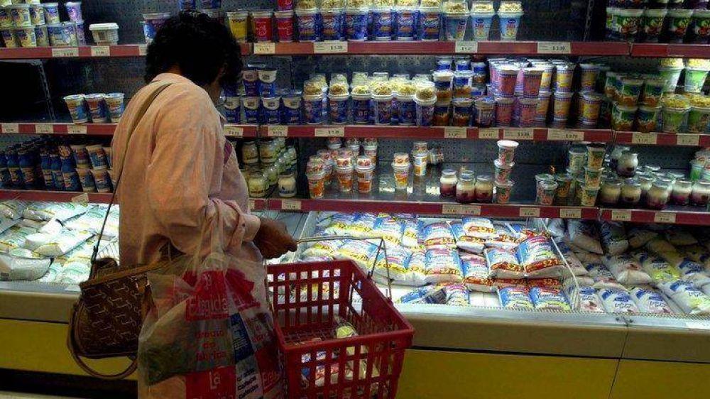 Una canasta de 120 productos con precios congelados por 180 días: la nueva apuesta del Gobierno para frenar la inflación