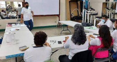 Guatemala: Una jornada más de capacitación con las compañeras del Clamu-G Stecsa