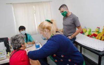 Hurlingham: Zabaleta supervisó campaña de vacunación antigripal en el centro de salud Ángel Bo