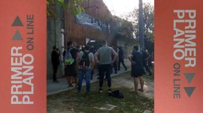 Escándalo por el desalojo de una iglesia en Ituzaingó: una pastora terminó detenida