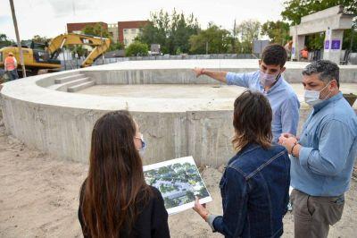 Mayra supervisó la obra de la Plaza de Alberdi y Paz