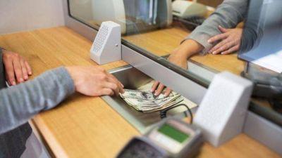 Bancarios, en estado de alerta: a dos meses de cerrar paritarias, reclaman mejores condiciones laborales