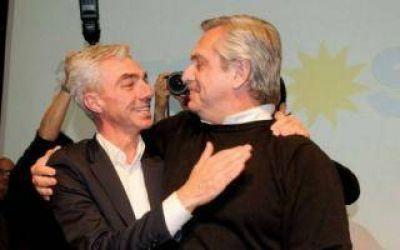 Alberto Fernández encabeza acto en Merlo y homenajea a Mario Meoni