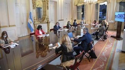 El Gobierno convocó a los expertos médicos a una reunión en Casa Rosada para comenzar a definir si habrá nuevas restricciones