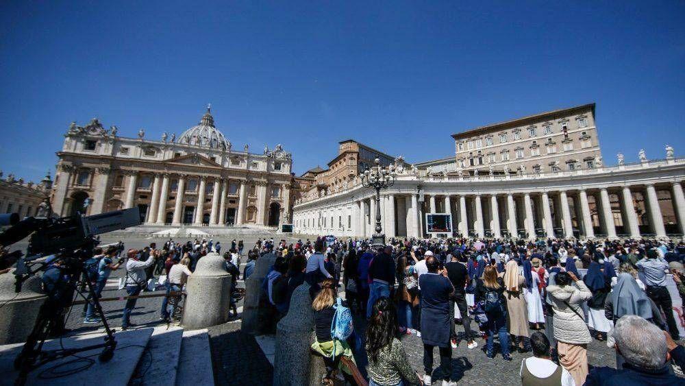 Los Mártires de Quiché y las víctimas del Mediterráneo en el corazón del Papa