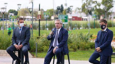 El presidente visitó Merlo y anunció la instalación de cuatro mil paradas de colectivo con dispositivos de seguridad