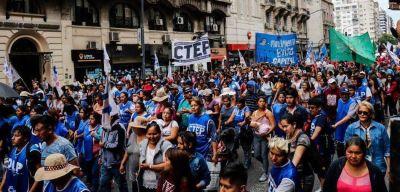 Para la UTEP el Salario Mínimo, Vital y Móvil tiene que reconocer la realidad de las trabajadoras y los trabajadores de la economía popular