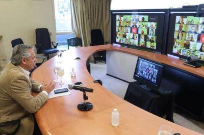 El presidente está reunido con Kicillof, Larreta y diez gobernadores para analizar la situación epidemiológica
