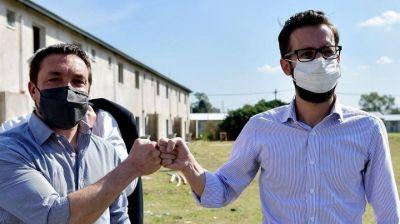 Municipio y Provincia firmaron convenio para construir nuevas viviendas en Florencio Varela