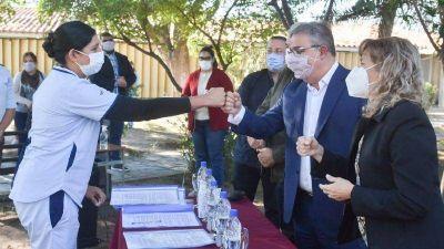 22 becarios nacionales de Salud firmaron su contrato de trabajo
