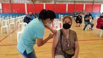 Se inició la 1° Jornada de vacunación a personas de 18 a 59 años con factores de riesgo