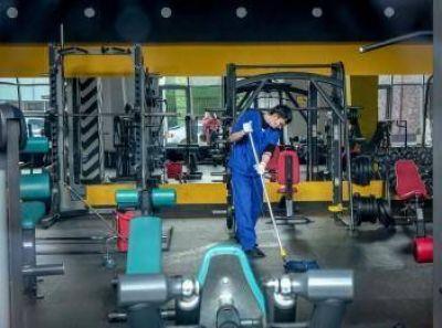Los gimnasios abrieron este lunes a pesar de las nuevas restricciones