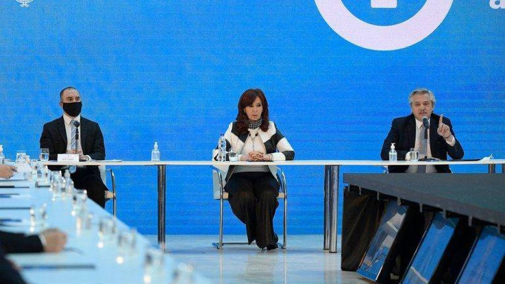 El enigma político de Basualdo: Alberto Fernández jura que renunciará, Martín Guzmán que renunció y Cristina Kirchner que sigue en el cargo