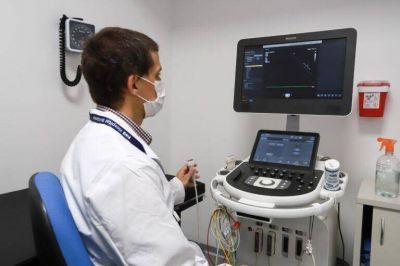 Grindetti en la inauguración de nuevos consultorios del Hospital Británico de Lanús