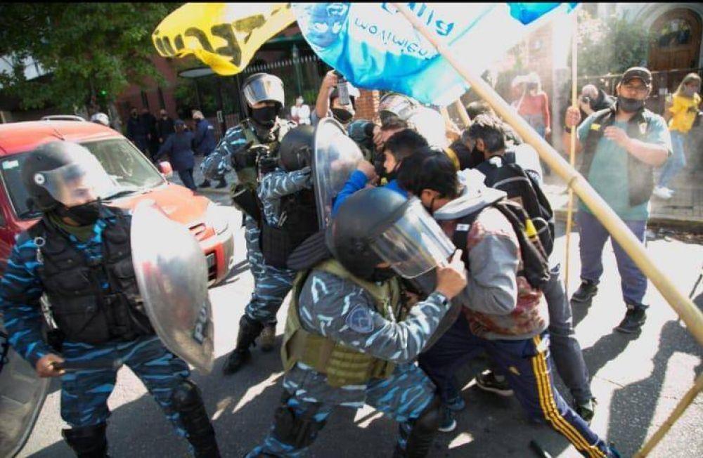 Quilmes: trabajadores de Aceros Ortega fueron reprimidos por la policía