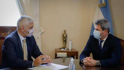 El gobernador Sergio Uñac mantuvo una reunión de trabajo con el subsecretario de Asuntos Nacionales