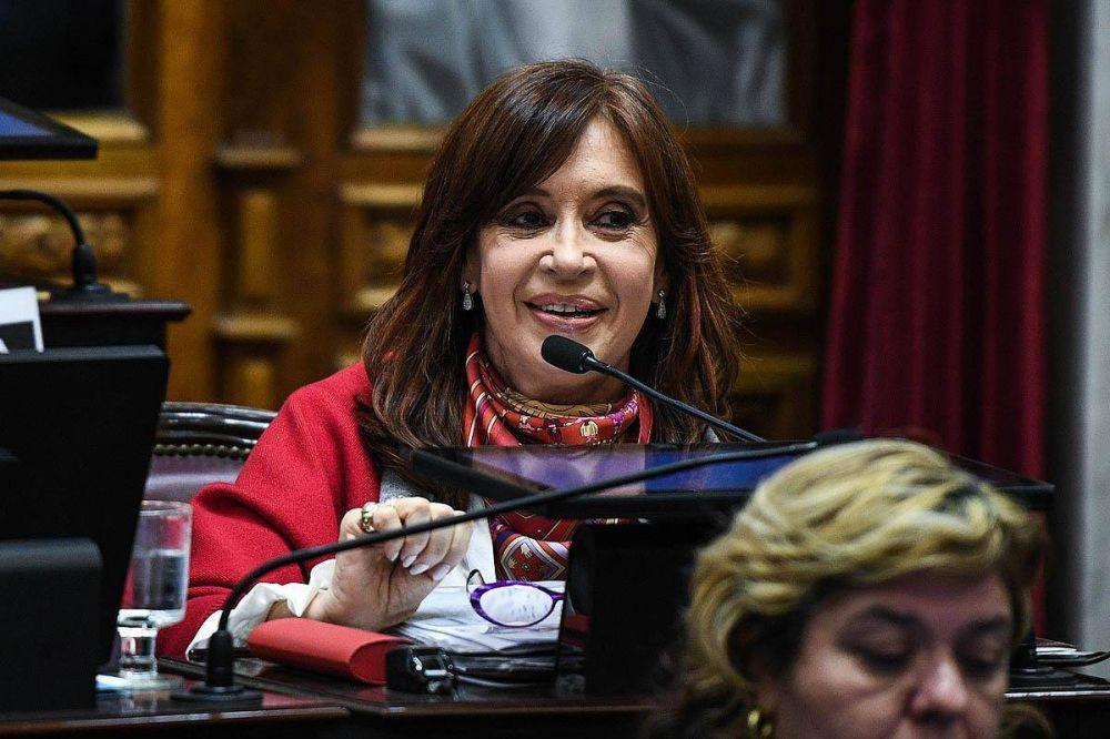 Varias ironías y un estilo muy coloquial: CFK desmenuzó los anuncios