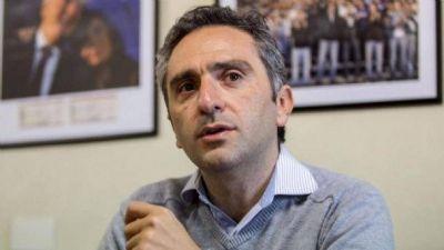 Larroque choca con Nación y pide el regreso del IFE: