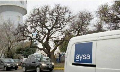 Labores de AySA en la red de agua potable de Pilar