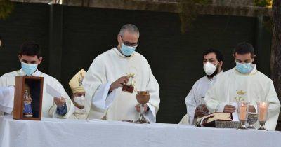 Refuerzan los controles en las misas de Lomas