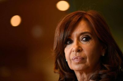 Cristina acusó a la Corte de dar un golpe contra las