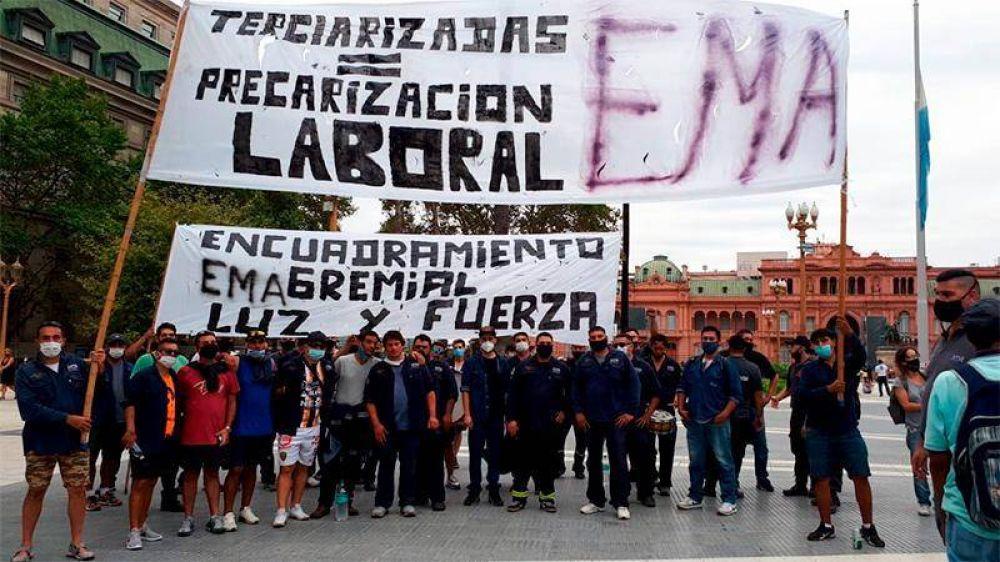 Ex trabajadores de Latam Airlines Argentina exigen la reincorporación de 1700 empleados