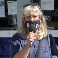 """Afiliados de IOMA aseguran que la situación es """"gravísima"""" y nadie les da soluciones"""