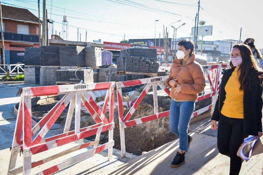 Mayra supervisó el avance de las obras en Avenida 844 y Camino General Belgrano