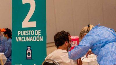 Córdoba alcanzó los 700 mil vacunados y ampliarán los criterios de inoculación
