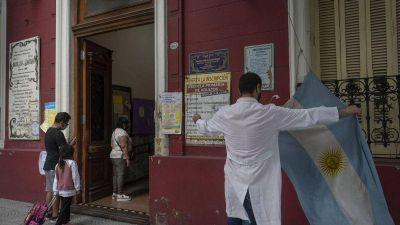 Otros dos trabajadores de la educación fallecieron por Covid-19 en la Ciudad de Buenos Aires