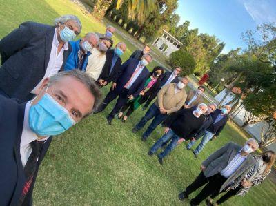 Almuerzo en Olivos con el Presidente: la CGT sólo pudo retener a Arachuan como segundo en la Superintendencia