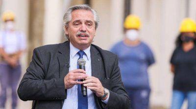 Alberto Fernández visitará un centro de vacunación en la Provincia, que llega a las 3 millones de dosis aplicadas