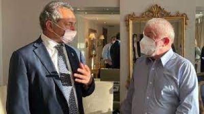 Detrás de la foto de Scioli con Lula, un mensaje al corazón de Bolsonaro