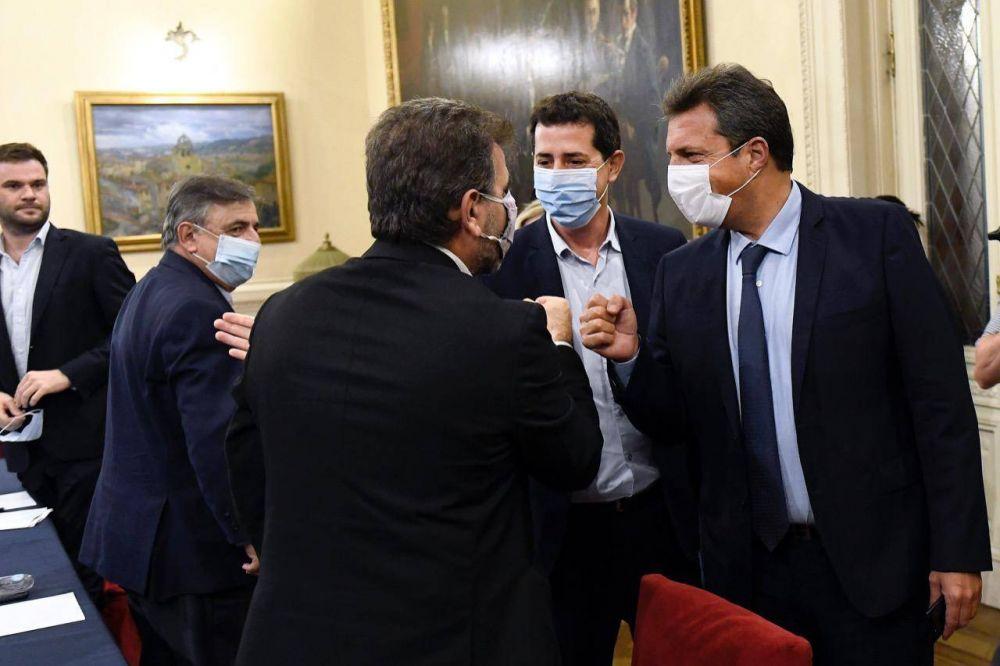 Vuelta al diálogo: el Gobierno se acerca a la oposición por las PASO y el conflicto por la coparticipación