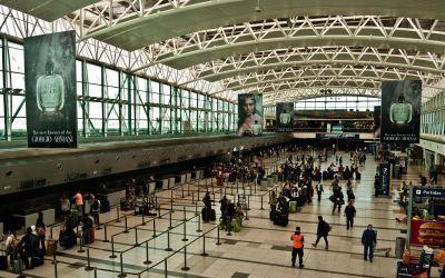 ¿Responsabilidad de Aeropuertos Argentina 2000?: qué dijo el organismo que regula los aeropuertos sobre los hisopados en Ezeiza