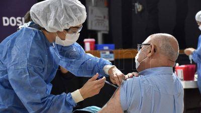 El Gobierno cumplió con el objetivo de vacunación para los últimos 45 días