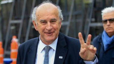Parrilli dijo que el proyecto del Senado sobre el FMI es para respaldar a Guzmán,