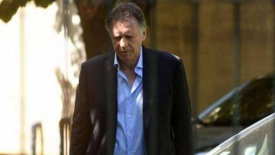 Macri pidió para el Correo el mismo trato que Oil y Cristóbal le dijo que entonces debería ir preso dos años
