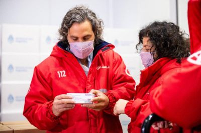 Cafiero y Vizzotti avanzan en el contacto para probar y fabricar la vacuna israelí en el país