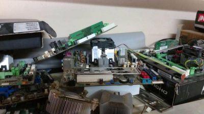 Proyectan el desguace de aparatos electrónicos