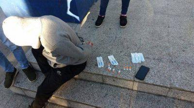Berisso: detuvieron a un hombre que vendía vacunas Sinopharm