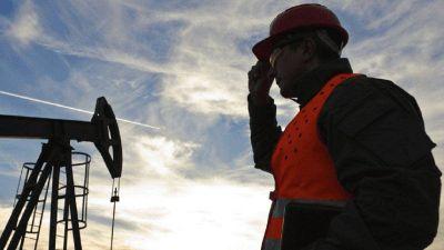 Día D para la compleja paritaria petrolera que busca cerrar la deuda de 2020 y un avance por 2021