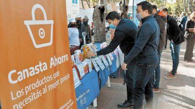 Canasta Ahorro y Mercado Activo, en el playón de la estación Varela