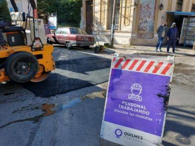 El Municipio de Quilmes realiza tareas de higiene urbana, bacheo y saneamiento hídrico
