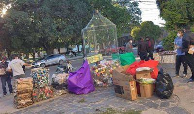 En Frías, exobreros de Viluco protagonizan una gran movida de reciclaje