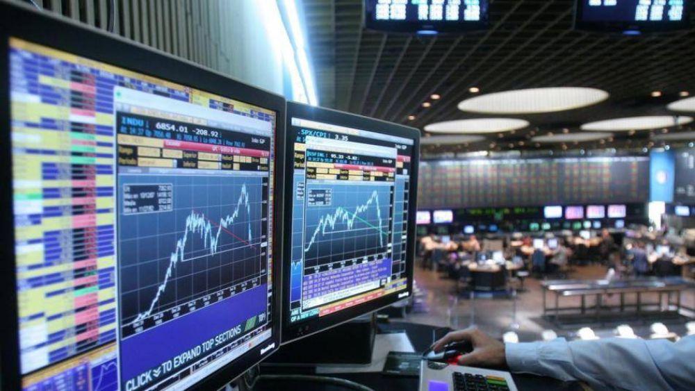 Cobertura cambiaria: las operaciones de Cedear crecieron 218% en solo 12 meses