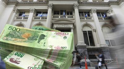 Calculan que no emitir billetes de $ 5000 costó unos u$s 100 millones